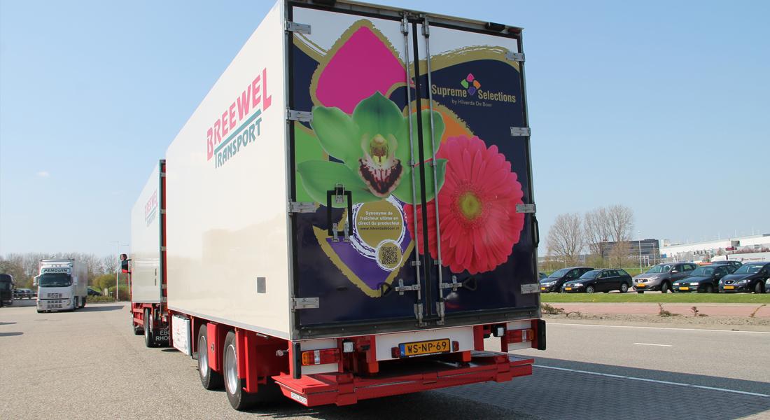 Supreme Selections van Hilverda De Boer achterop op vrachtwagen