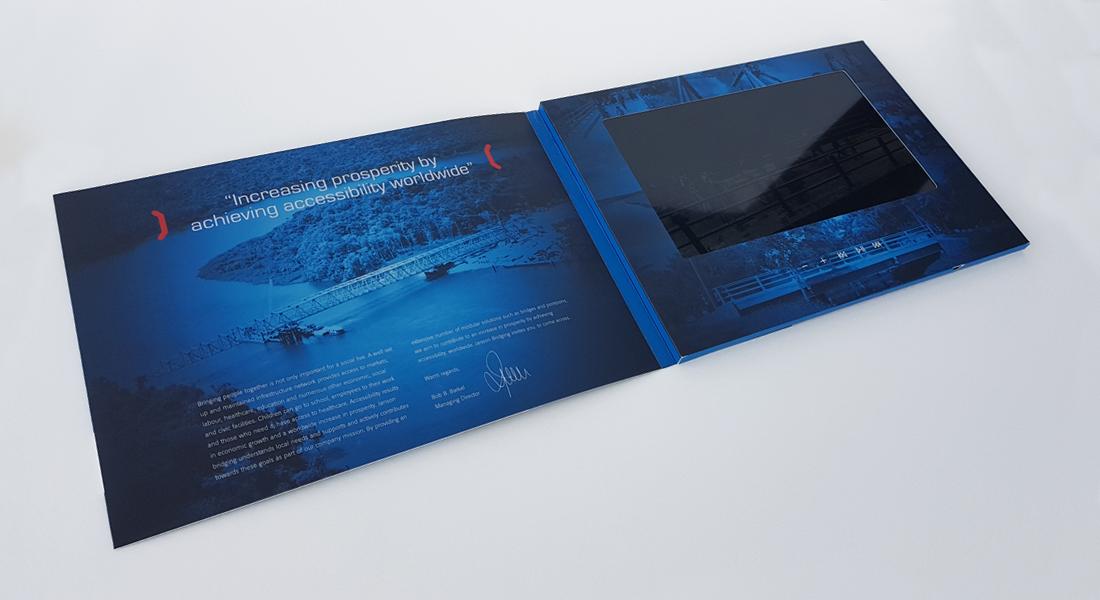 Blauwe videokaart voor Janson Bridging