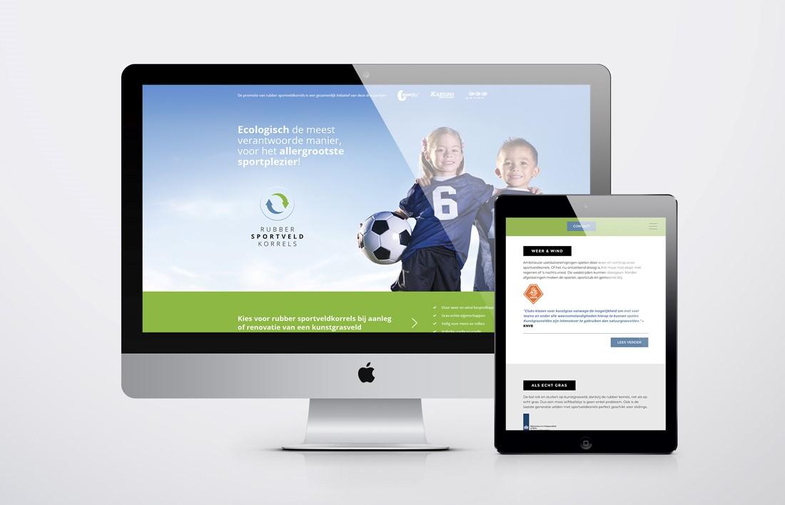 Desktopscherm en tablet met het websiteontwerp voor Granuflex over sportveldkorrels