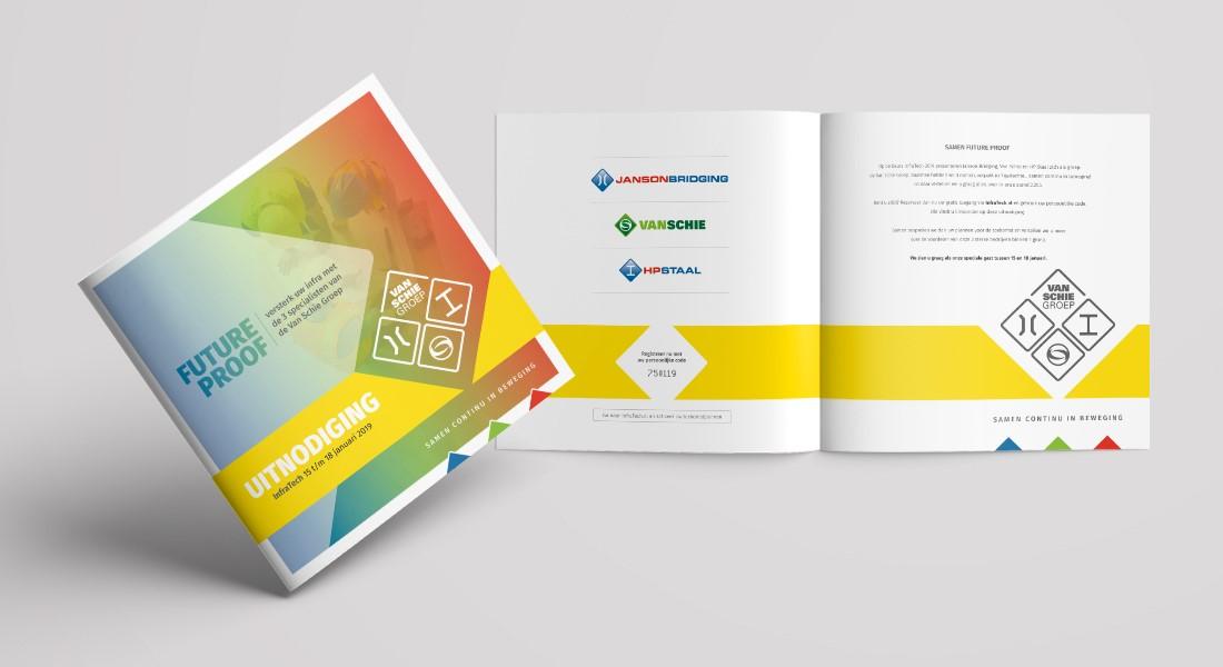 Staande en opengeslagen brochure voor Van Schie Group voor groepspresentatie