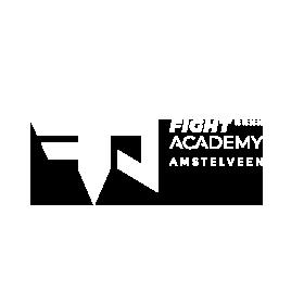 Witte logo voor Fight Academy op een transparante achtergrond