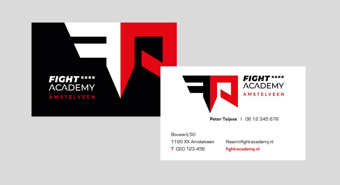Voor- en achterkant van het visitekaartje voor de Fight Academy Amstelveen